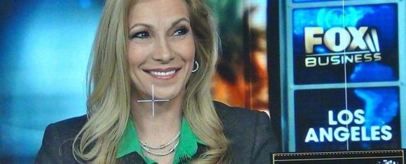 Cheryl Shuman in Selfie #1000562744